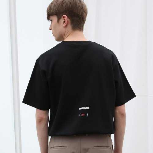[ANOUTFIT] UNISEX EMOTICON T-SHIRTS BLACK