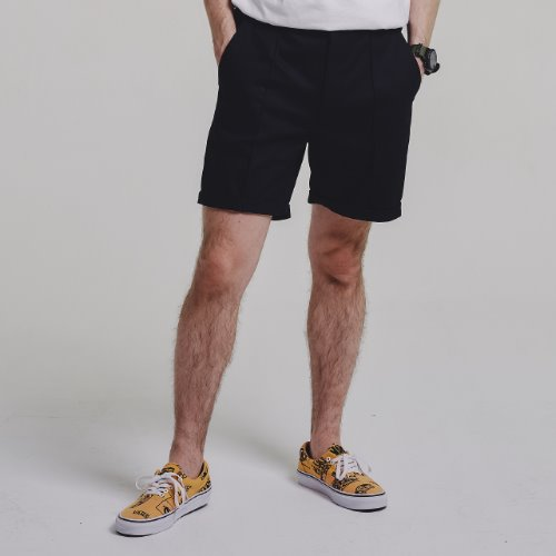 [STAGE NAME] PINTUCK shorts_BLACK