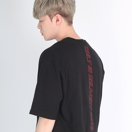 1+1 [디컬트]CID2019 1/2 T-shirt (black)