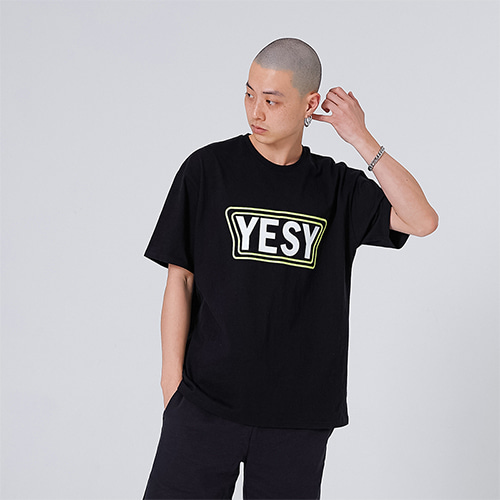 [YESEASY] YESY T_SHIRT - BLACK