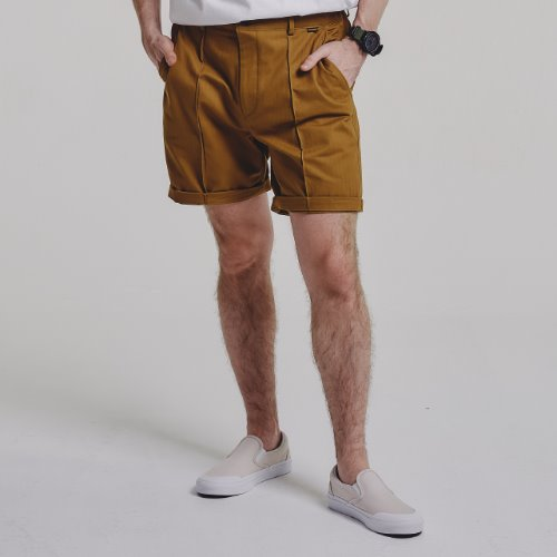 [STAGE NAME] PINTUCK shorts_CAMEL