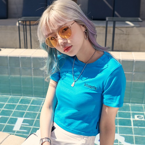 [BLUE PIE] Embroidery Logo Crop T - PEACOCK BLUE