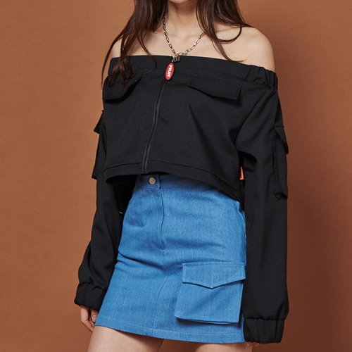 FR POCKET OFF SHOULDER TOP - BLACK