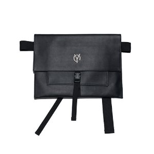 [OY] LOGO LEATHER MESSENGER BAG - BLACK