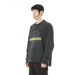 [RENDEZVOUZ] GRAPHIC LOGO CREWNECK LONG SLEEVE GREEN