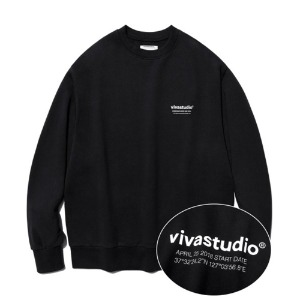 [viva studio] LOCATION LOGO CREWNECK IA [BLACK]