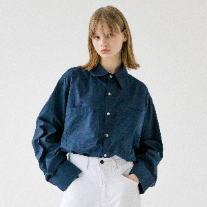 [ARDOROBE] UNISEX DOUBLE POCKET BASIC SHIRT AST193001-NV