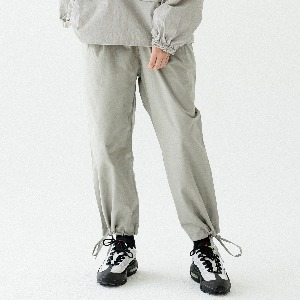 [ARDOROBE] PIN TUCK WIDE JOGGER PANTS ALP193002-GR