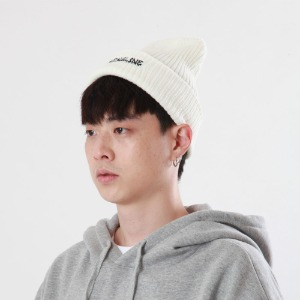 [Double adrenaline syndrome]side-washing long beanie(ivory)