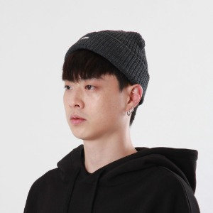 [Double adrenaline syndrome]side-washing short beanie(charcoal)