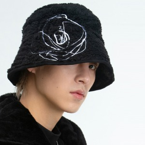 [THEGREATEST] GT19WINTER 10 Fleece Needlepoint Bucket BLACK