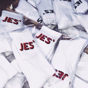[JES'] SIGNATURE SOCKS