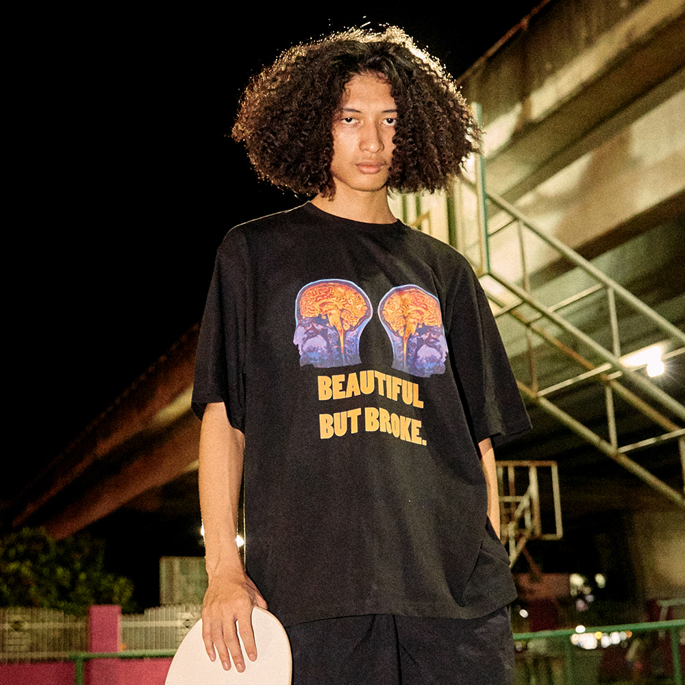 [아임낫어휴먼비잉] Double Brain Short Sleeve T-Shirt - BLACK