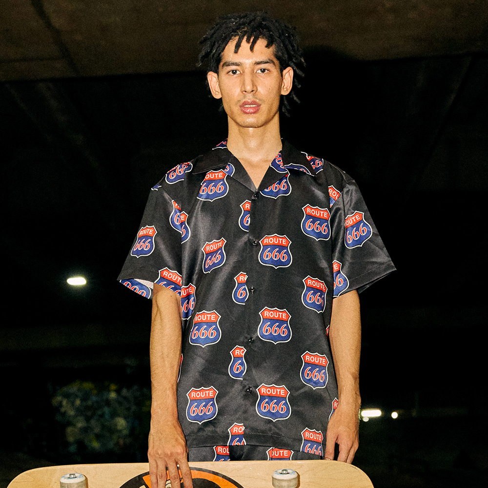 [아임낫어휴먼비잉] 666 Freeway Short Sleeve Shirt - BLACK
