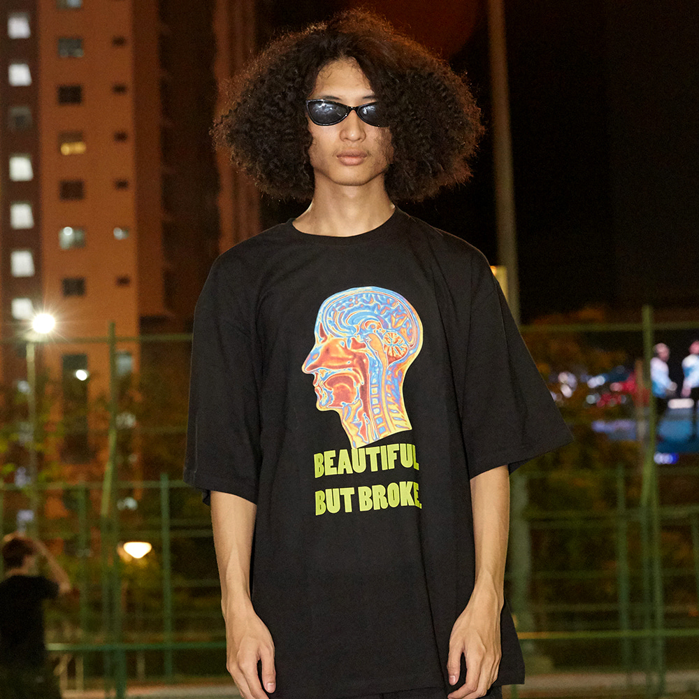 [아임낫어휴먼비잉] Psychedelic Brain Short Sleeve T-Shirt - BLACK