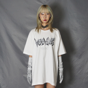 [WOOVING] GRAPHIC LOGO T-SHIRTS (WHITE)