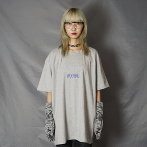 [WOOVING] SMALL LOGO T-SHIRTS (GRAY)