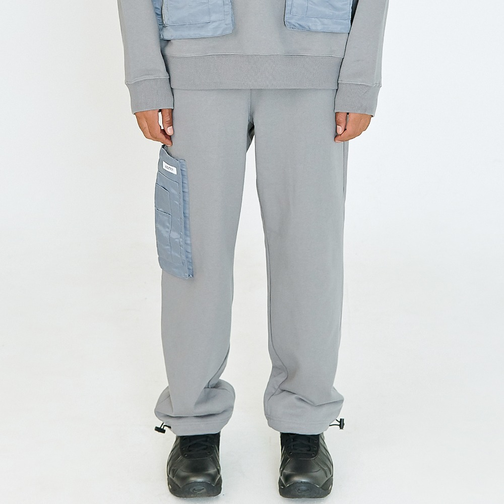 [아임낫어휴먼비잉] POCKET DETAIL SWEATPANTS - CHARCOAL