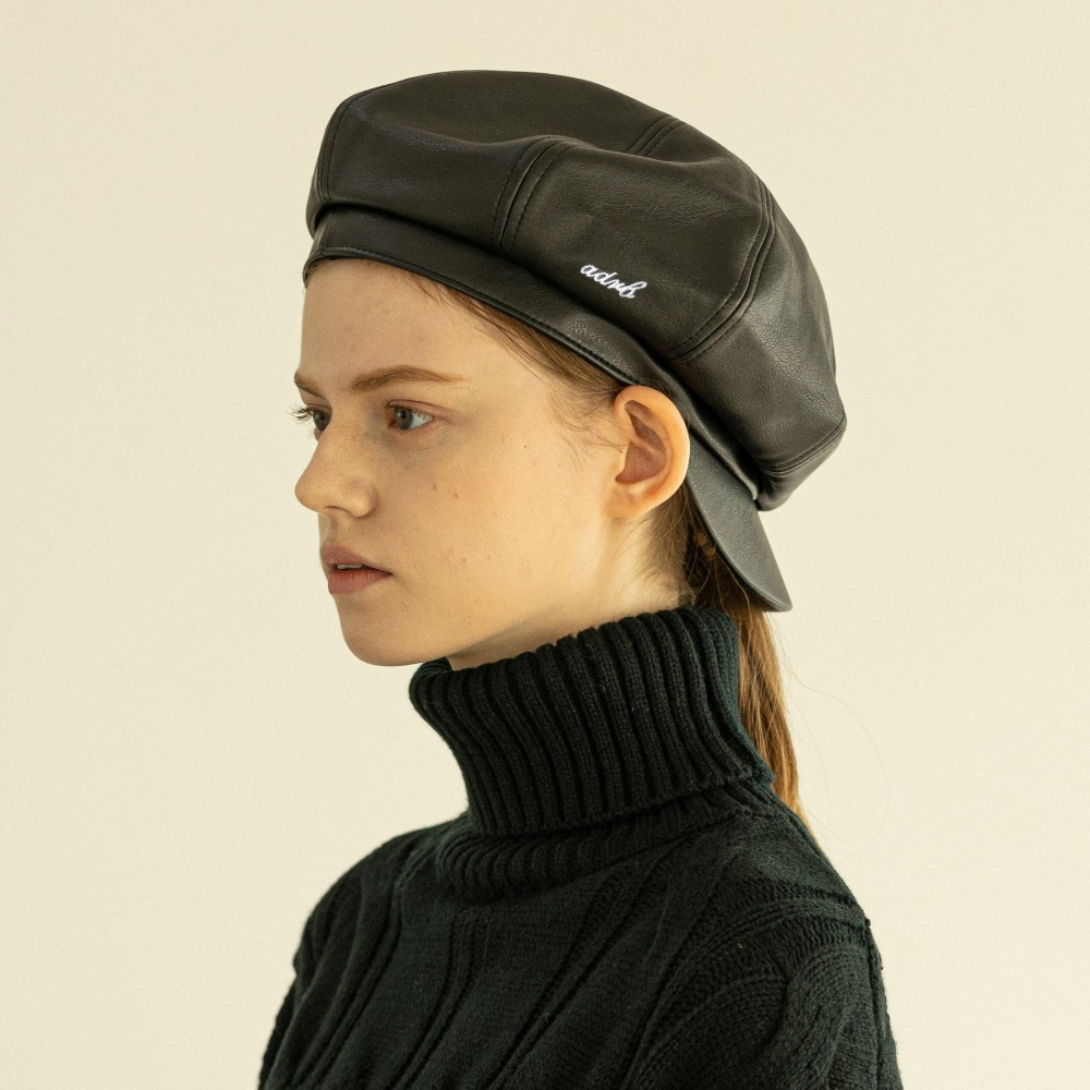 [아더로브]adrb Logo Leather Newsboy Cap AAC204001-BK