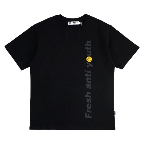 [FRAY x SMILEY] LOGO WAPPEN T-SHIRTS - BLACK