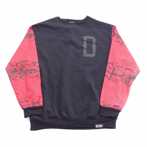 Red Snake Sleeve Crew - Black
