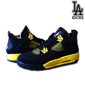 [USED][235]Air Jordan 4 Retro 썬더 [2312]