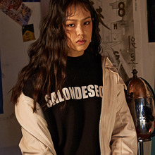 [20%할인] [SALON DE SEOUL] Logo Sweatshirt - Black
