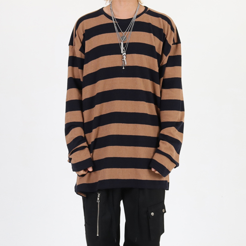 [Innovant] Round neck stripe over long sleeve (caramel)